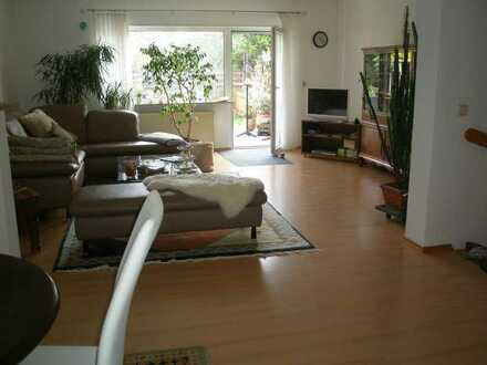 Dannstadt-Schauernheim   attraktive und einladende Doppelhaushälfte mit sep. ELW/Büro mit 1 ZKB
