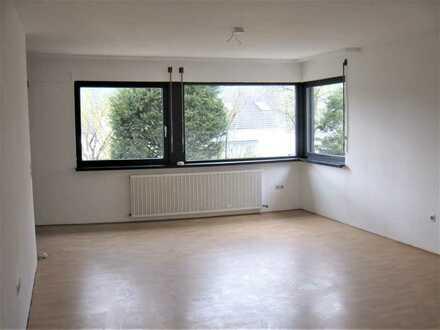 Vollständig renovierte 2-Zimmer-Wohnung mit Terrasse und EBK in Mössingen