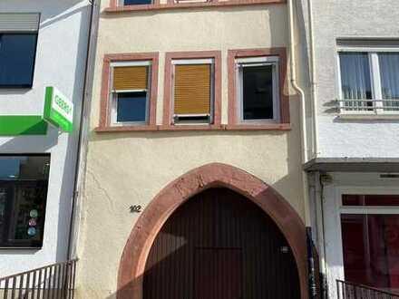 Kleines Kulturdenkmalschutz Haus im Zentrum von Grünstadt