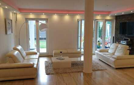 Königstein, luxuriöse, sehr ruhige 3-Zimmer-Wohnung im 4-Parteien-Haus