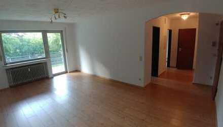 Vollständig renovierte 2-Zimmer-Wohnung mit Balkon in Bergheim