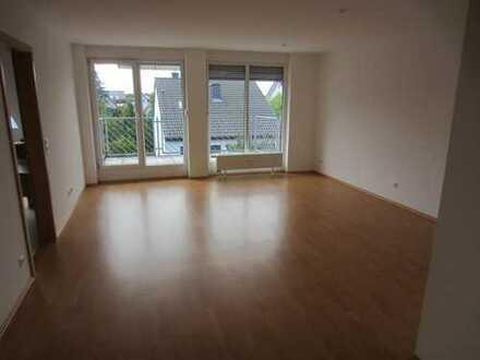 Ansprechende 4-Zimmer-Wohnung mit Balkon und EBK in Schriesheim