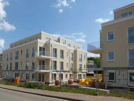 Hohen Neuendorf OT Bergfelde, hochwertige 2 Zimmer Erdgeschosswohnung mit ca. 85 qm Privatgarten