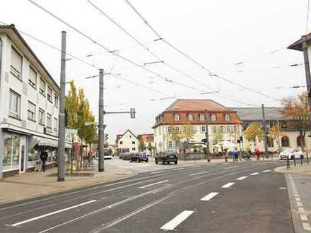 SCHWIND IMMOBILIEN - Toplage mit sonnigem Balkon und TG-Stellplatz