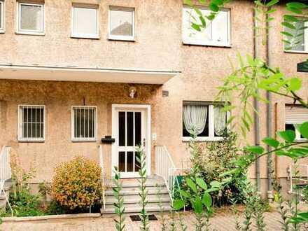 ruhig gelegenes Einfamilienhaus in Lichterfelde nahe Teltowkanal !