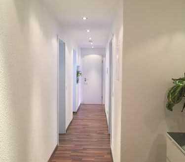 890 €, 104 m², 2 Zimmer