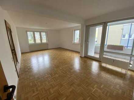** renovierte 3-Zimmer-Wohnung in direkter RWTH-Nähe **