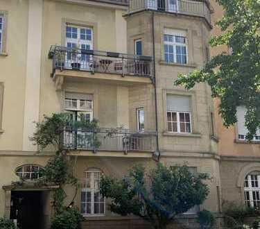 Von PRIVAT Schöne Altbauwohnung in der Süd-Weststadt