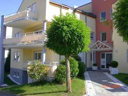 Wohnen im Grünen! Schöne und ruhige Wohnung mit großem Balkon in idyllischer Wohnlage