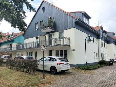 Renovierte-1-Raumwohnung mit Terrasse (100 km von Berlin entfernt) *Besichtigung 0152/ 34349076
