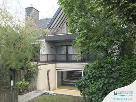 Zündorf: Freistehendes Einfamilienhaus in Rheinnähe!