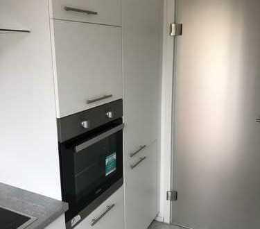 Erstbezug nach Sanierung: freundliche 3-Zimmer-Wohnung mit EBK und Balkon in Braunschweig