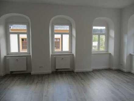 Wunderschöne helle 3-Raum-Wohnung im Stadtzentrum von Marienberg zu vermieten