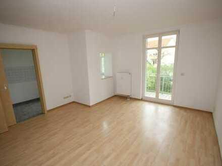 3-Raum Wohnung ab sofort verfügbar - ruhig und grün gelegen