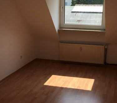 Helle, freundliche, 2,5 Zimmerwohnung zu vermieten