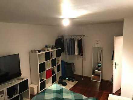 WG-Zimmer frei in neu renovierter 4er WG