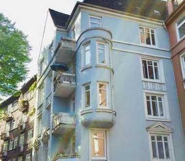 Lichtdurchflutete Eigentumswohnung im Jugendstil mit perfekter Lage