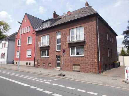 Mehrfamilienhaus mit 5 Wohneinhaietn