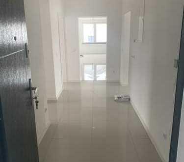 900 €, 108 m², 3 Zimmer