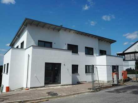 schöne Neubauwohnung im Zentrum von Roding zu vermieten