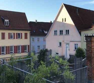 Wohnen in der Stadtmitte mit grüner Terrasse