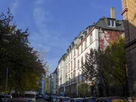 F-Bornheim: 3-Zimmer-Altbauwohnung, saniert Top Lage Nähe Berger Straße