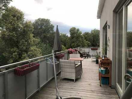 Freundliche 3-Zimmer-Dachgeschosswohnung mit Balkon in Apolda
