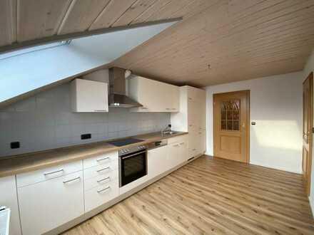 Helle 5-Zimmer-DG-Wohnung in Uttenweiler