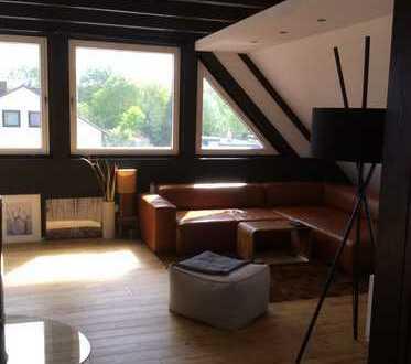 3-Zimmer-DG-Wohnung mit Balkon und EBK in Langenhagen