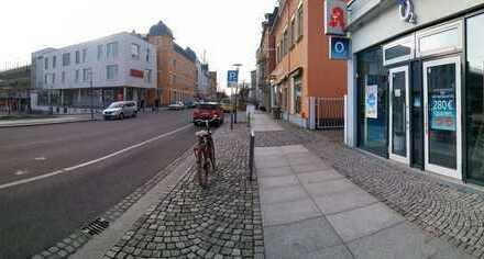 Ladengeschäft direkt gegenüber Bahnhof Radebeul Ost / REWE-Markt zu vermieten