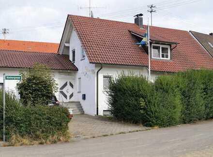 Preiswertes Einfamilienhaus - modernisierungsbedürftug - in Oggelshausen