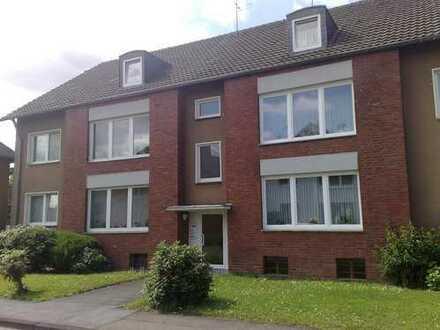 Sanierte 3 /4 Zimmer Wohnung in ruhiger Lage von Rheindorf-Süd