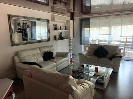 3-4 Zimmer-Wohnung mit Garten und 2 Terrassen