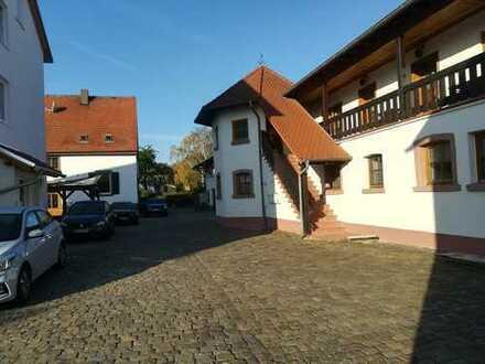 Wohnen in ehemaligem Weingut im Urlaubsort Bockenheim