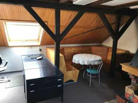 Möbliertes Büro mit kleiner Küchenzeile in Kölleda zu vermieten!!!