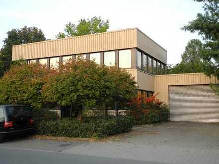 Wohnen und Arbeiten in einem: Wohnung + Bürofläche + Halle