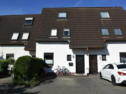 Gepflegtes Reihenmittelhaus in Köln Meschenich