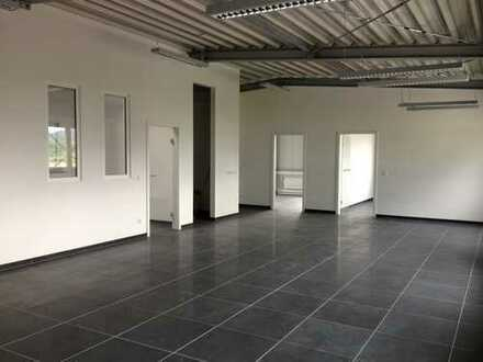Helle und moderne Büro-Etage in Wörth am Main