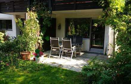 Nymphenburg - Sonnige Maisonettewohnung mit Privatgarten und Blick ins Grüne