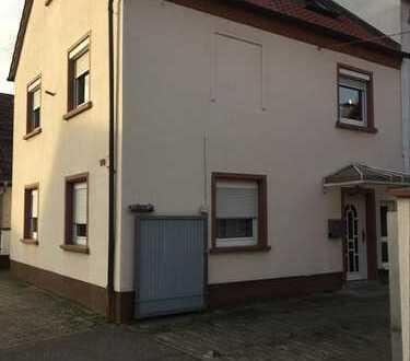 800 €, 113 m², 4 Zimmer