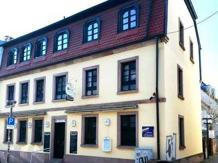 Kapitalanlage! Apartmenthaus mit Gastronomie in der Altstadt von Kaiserslautern.