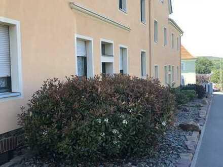 250 €, 50 m², 2 Zimmer