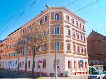 Schickes Nest mit Stellplatz + Erstbezug + 25m² Wohnen & Essen + Parkett + Fußbodenheizung + Balkon