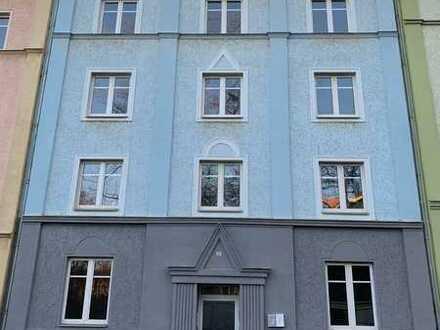 Komplett renovierte Wohnblock mit 9 Wohnungen mit 1, 2 oder 3 freistehende Zimmern