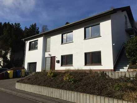 Zentral gelegene Schöne 5-Zimmer Wohnung in Hellenthal (Kreis Euskirchen)