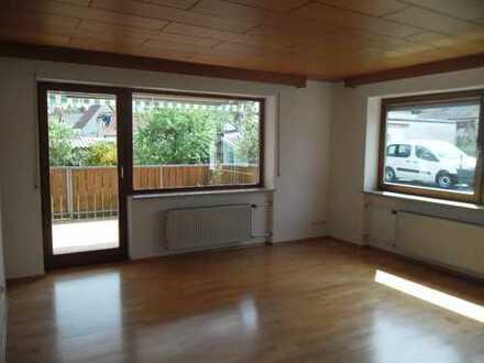 Schöne, geräumige vier Zimmer Wohnung in Eichstätt (Kreis), Gaimersheim
