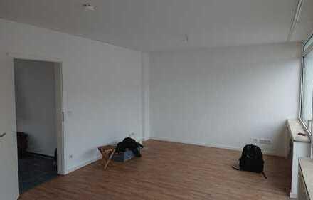 1-Raum Terrassenwohnung ganz zentral in Ehrenfeld *öffentliche Besichtigung 20.11.18 14 Uhr*