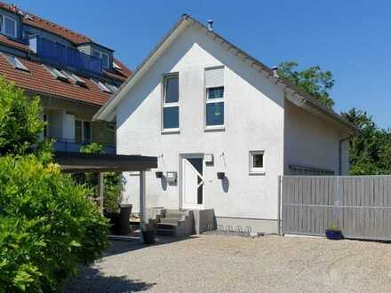 Freistehendes 1-Fam-Haus mit Garten in Grenzach-Wyhlen