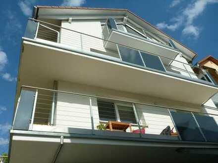 Neuwertige 5-Zimmer-Wohnung mit Balkon in Kernen im Remstal