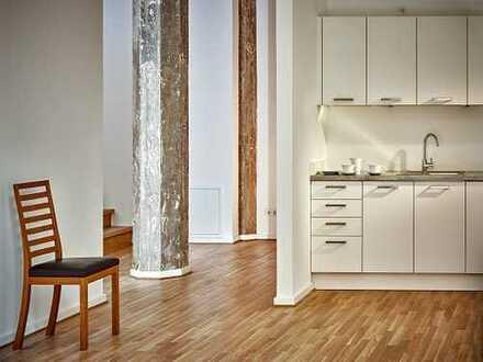 Großzügige 2-Zimmerwohnung im sanirten Altbau